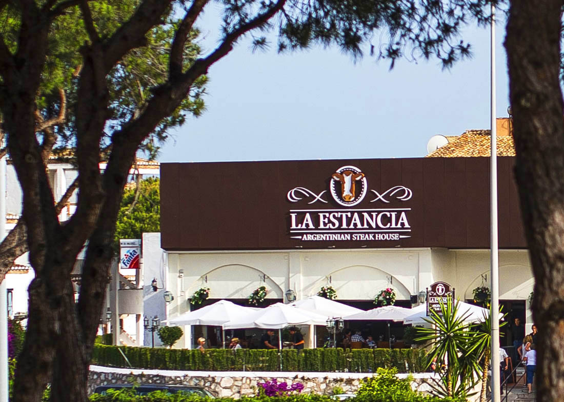 Rotulo restaurante La Estancia Argentinian Steak House