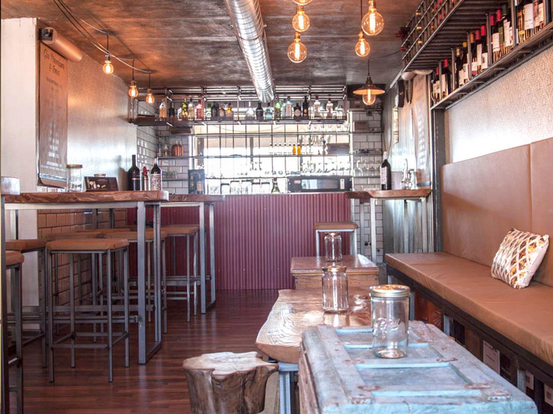 Decoración bar La Mandrágora